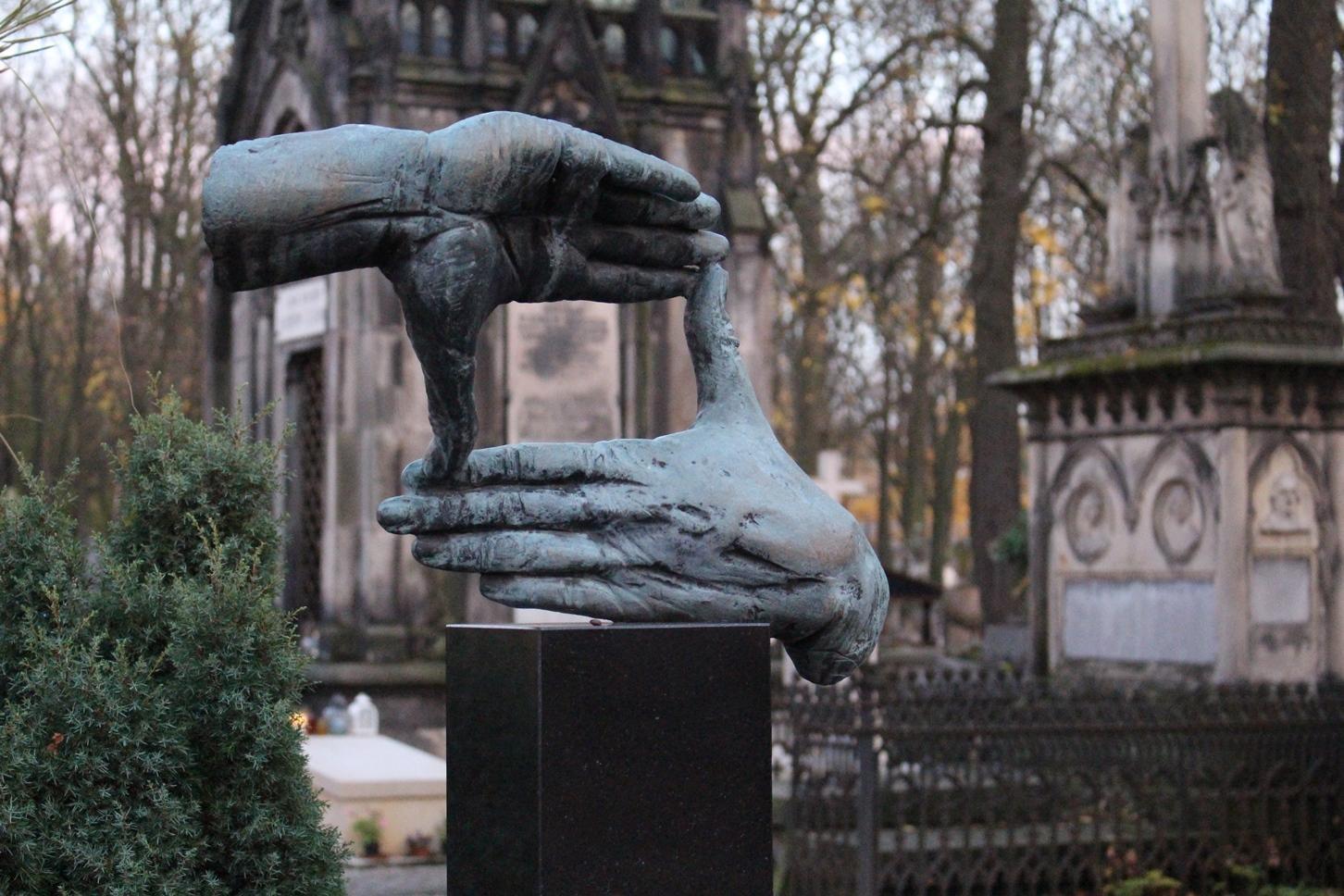 Tomba di Krzysztof Kieślowski cimitero monumentale Powązki