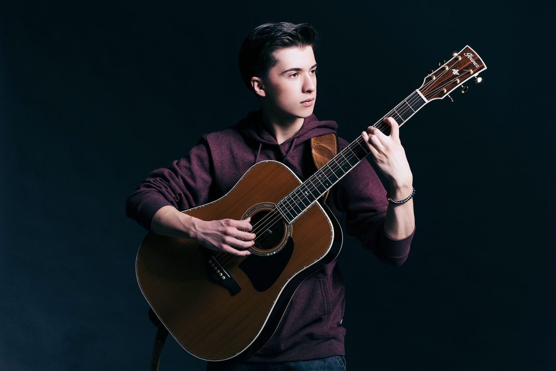Marcin Patrzalek chitarra e musica
