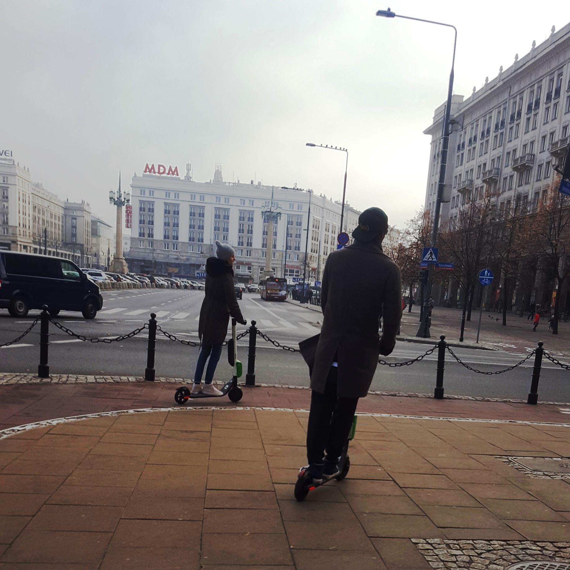 monopattino a noleggio a Varsavia Erasmus