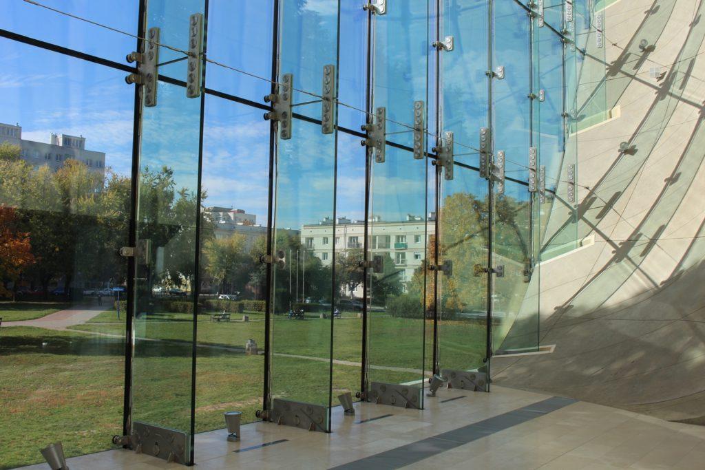 Museo della storia degli ebrei polacchi vetrata interna