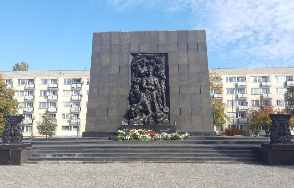monumento agli eroi del ghetto di varsavia