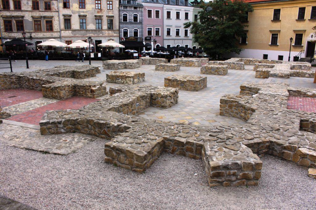 piazza della parrocchia lublino