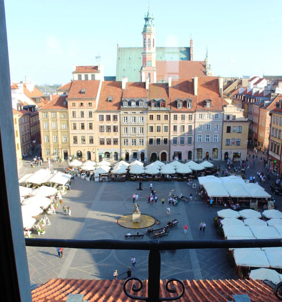 Vista sulla piazza del mercato dal Museo di Varsavia